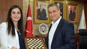 Ziyaret hediyesi satranç takımı