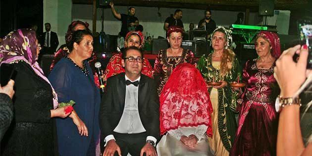 Erzinli ünlü tiyatrocu Öktem,  mutlu yuvasını kurdu