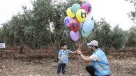 Barış balonları uçurdular…