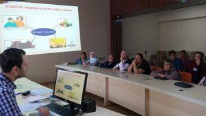 Diyabetlilere insülin eğitimi