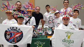 Türkiye'de ilk kez robot yarışmaları yapıldı
