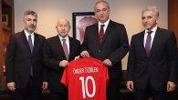 TFF Başkanı'na Erzinspor Forması