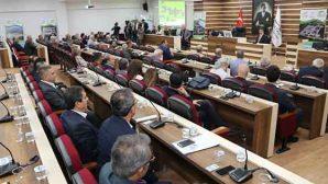 Meclis'te Su Gerginliği
