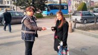 Antakya'da polis  bildiri dağıttı!