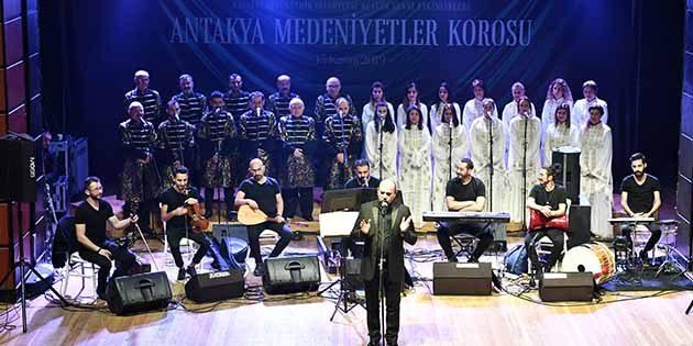 Medeniyetler Korosu  Kayseri'de Konser Verdi
