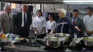 """Meslek Liselilere """"Türk Mutfağı"""" Eğitimi"""