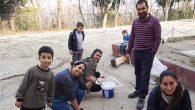 Gönüllü gençlerden köy okuluna yardım