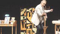 Erhan Yazıcıoğlu 'Fikrim  Firarda'  ile sahnede