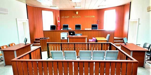 Av. Ekrem Dönmez'den İzmir'e Sandalye Desteği