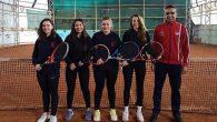 TED Kızları Teniste İlçe 1'incisi