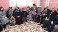 Vali Doğan ve eşi, şehit ailesi ziyaretinde