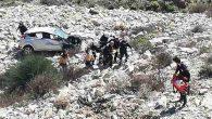 Belen-Kıcı'da  otomobil uçuruma düştü