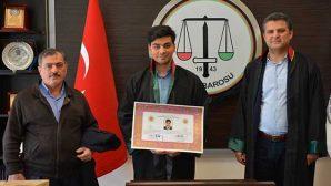 Antakya'da 5 Genç Hukukçu Avukatlık Cübbesi giydi