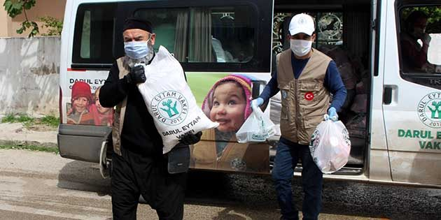 Reyhanlı'daki Savaş Mağdurlarına Gıda Desteği