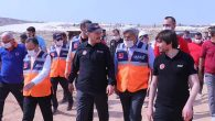 Bakan Soylu'nun Hatay ziyaretinde yanındaki isim: