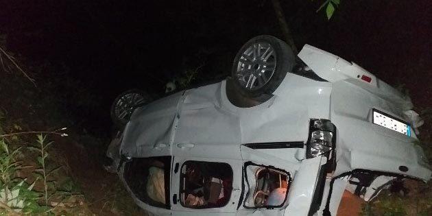 Dörtyol'da otomobil uçuruma düştü: