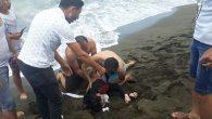 Vatandaşlar, boğulmaktan kurtardı