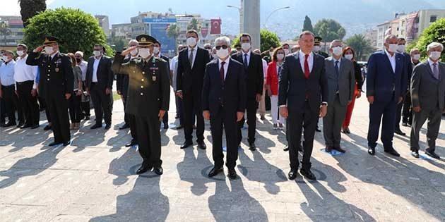 Maske hassasiyeti nedeniyle Vali Doğan'a övgü