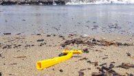 Sahili Biz Kirletiyoruz