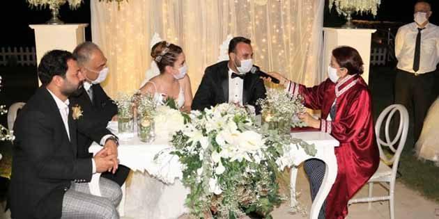 Gazeteci Kızı Mutlu  Yuvasını Kurdu