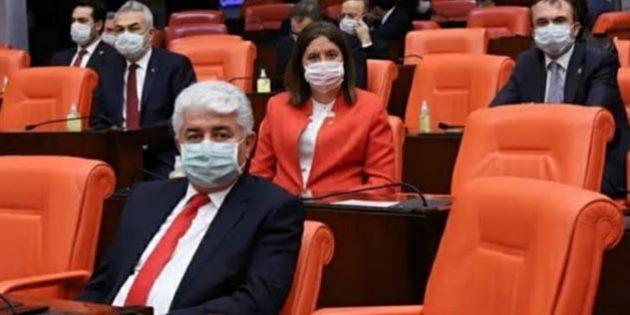 Türkoğlu, sıkça test yaptırması eleştirilerine sert çıktı: