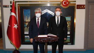 Vali Adana'da
