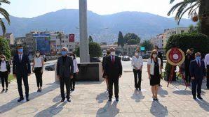İlköğretim Haftası Başladı Müdürler Anıt'ta…