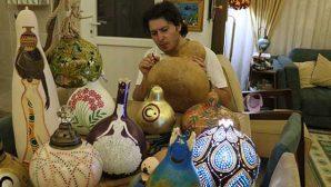 Su Kabağını Sanat Eserine  Dönüştürüyor