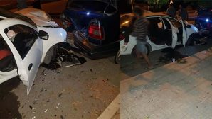 Duran otoya çarptı kazada 1 yaralı…
