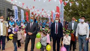 150 Suriyeli Yetim Çocuk Zeytin Topladı…