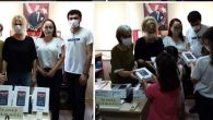 İKMÇYD'den  İskenderunlu  20 Çocuğa Tablet
