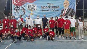 İskenderun'da Tenis Turnuvası