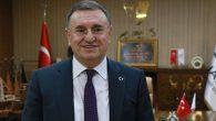 Başkan Doç. Dr. Savaş, çağrısını, Hekim kariyeri ile yaptı: