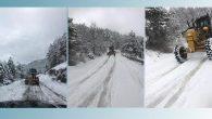 Kar, yolları kapattı