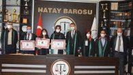 3 Genç Hukuk Mezunu Avukatlık Heyecanı Yaşadı