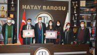 2 genç hukuk mezunu avukatlığa başladı