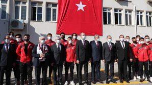 Bakan Gül, Baro ve Antakya Belediyesinde