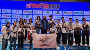 Taekwondocular 22 Madalya Aldı