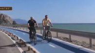 Bakan ve Vali bisiklete bindi