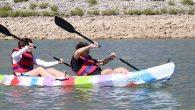 Kano ve Su Sporlarını Öğrenirken Eğlendiler