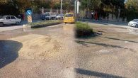MKÜ kampüs önünde su arızası